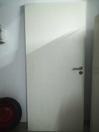 Bloco de porta interior