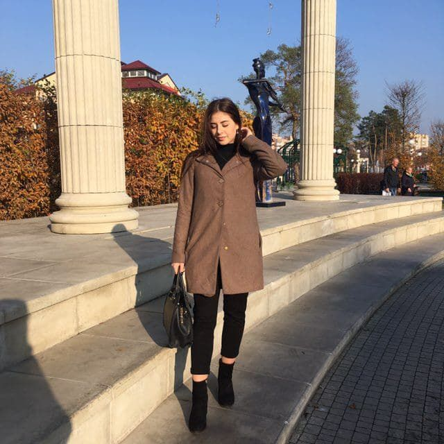 Продаю демисезонное пальто (осень-зима) Нововолынск - изображение 1
