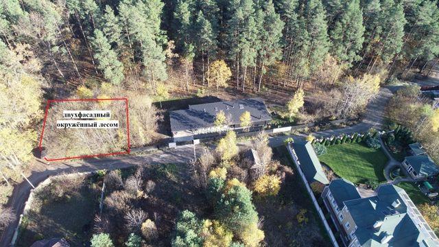 Стоянка Продам участок 7 соток с выходом в лес
