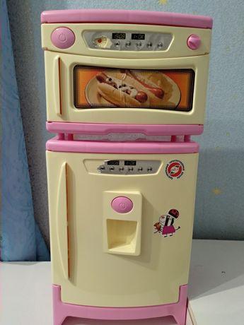 Холодильник, микроволновка, игрушки, кухня, мебель, для игр