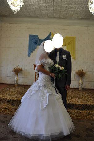 Продам свадебное платье! В хорошем состоянии!
