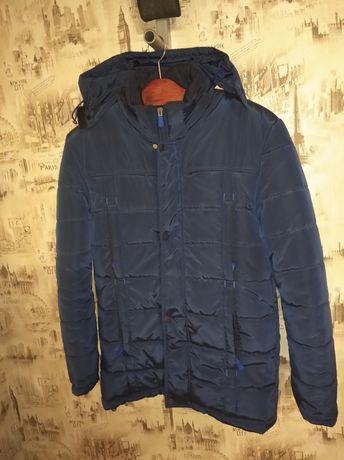Продам куртку зимнюю.