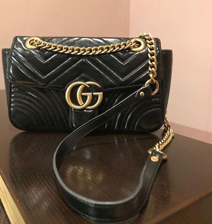 Модная стильная сумочка