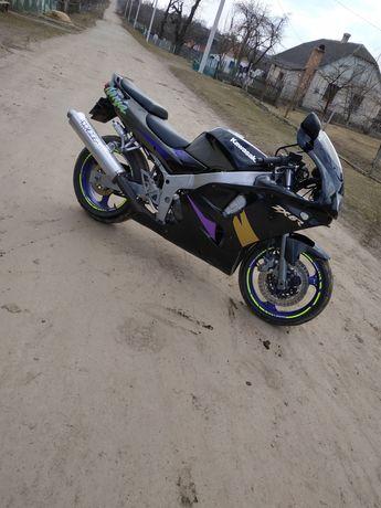 Продам Kawasaki ninja zx6r В хорошому стані