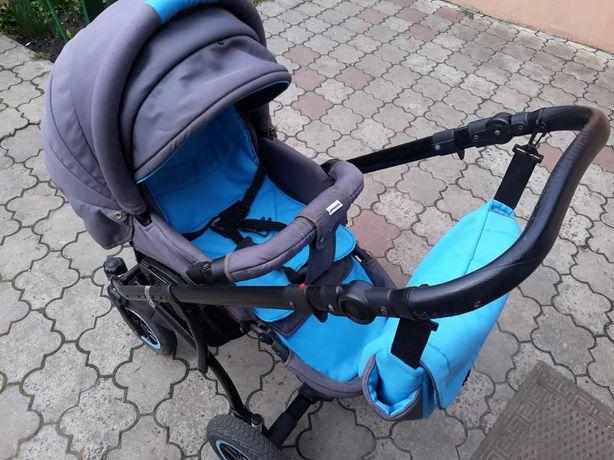 Дитяча коляска в хорошому стані