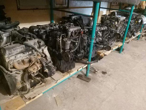 Двигун мотор Mercedes дизель плита Dizel для УАЗ двигатель .OM
