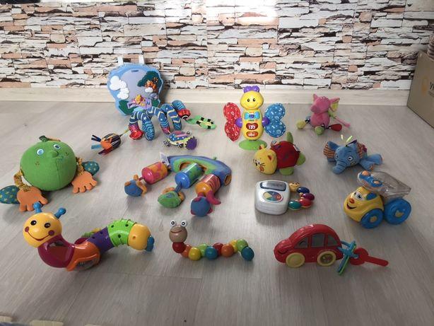 Фирменные игрушки, погремушки, развивающие, грызунки