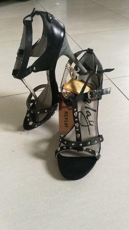 Szpilki sandały marki Replay skóra
