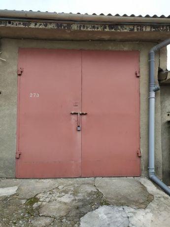 Продам великий гараж з підвалом при в'їзді в кооператив №7