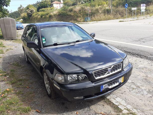 Volvo V40 dcr 2003 troco por jipe