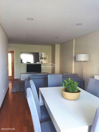 Excelente Apartamento Em Nogueiró - Braga