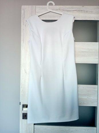 Sukienka biała ołówkowa