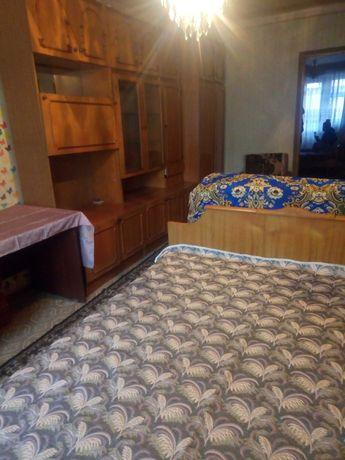 Здам кімнату. 3-х кімнатна квартира.Для дівчини.