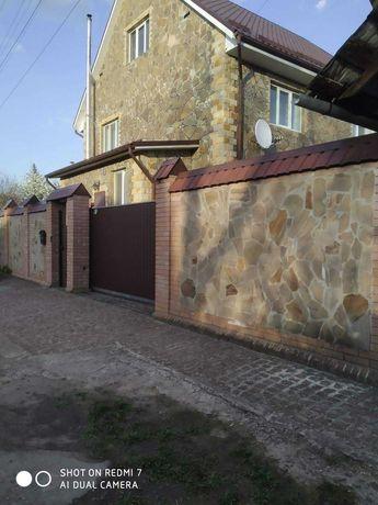 Аренда 2-этажного дома в с. Гнедин, метро Бориспольская 10 км.