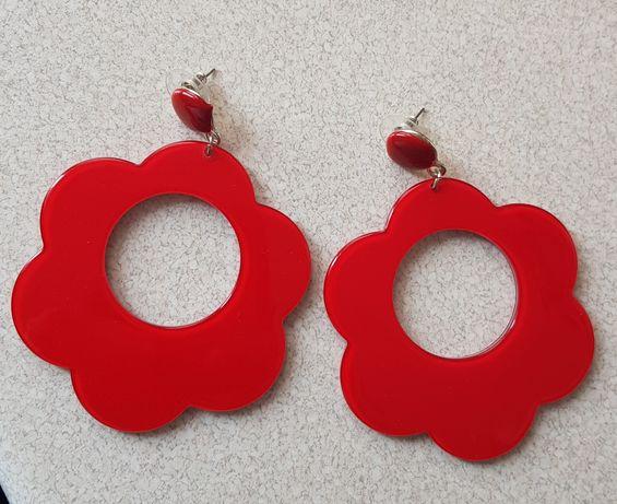 Czerwone kolczyki kwiatki