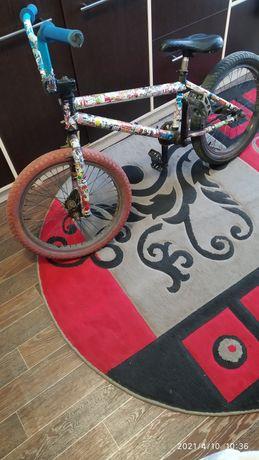 Велосипед ВМХ колёса 20
