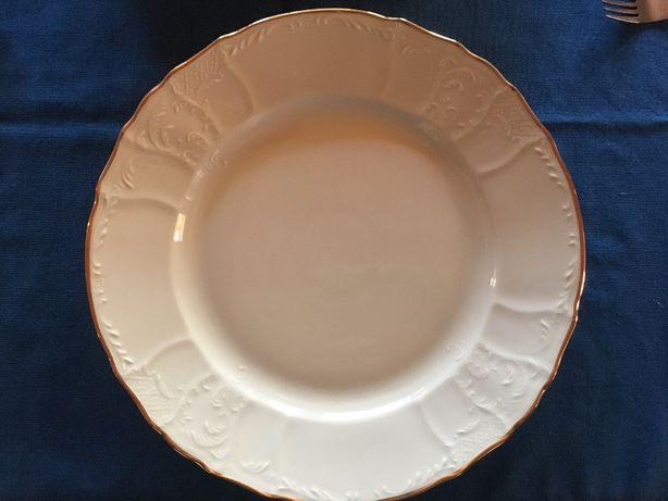 Serviço de Jantar - Porcelana Fina Bohéme - República Checa - 16 Peças