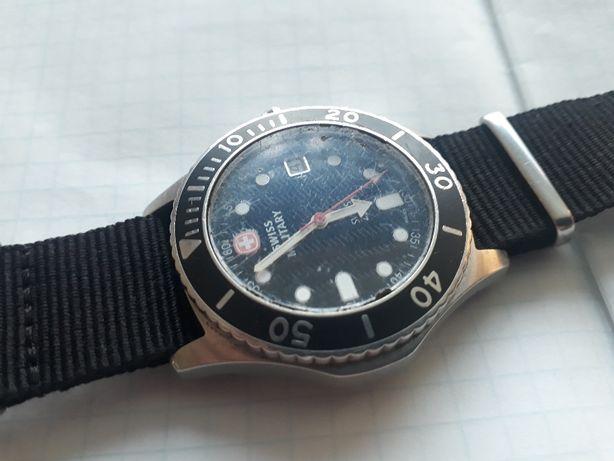 Продам часы Swiss Military