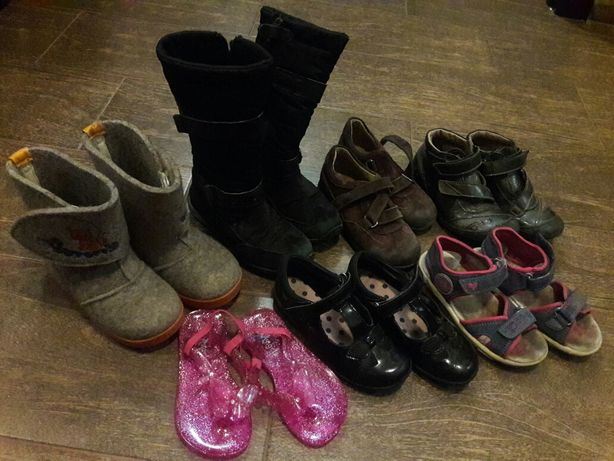 Взуття кроссовки босоножки туфли ботинки валенки в'єтнамки