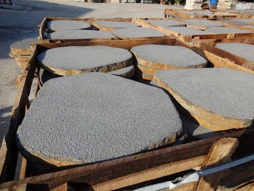 BAZALTOWE PŁYTY ŚCIEŻKOWE - Stepy Kamień na Chodnik Deptakowe Bazalt
