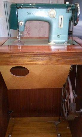 Швейна машина Чайка 2 клас 116-1