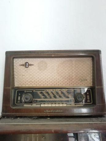 Rádio melodia antigo