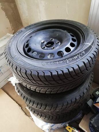 Продам комплект колёс с дисками, зимняя резина