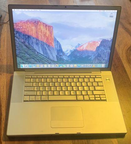 """Laptop Apple MacBook Pro 15"""" 2,5 GHz 4GB RAM z extra baterią i zasilac"""
