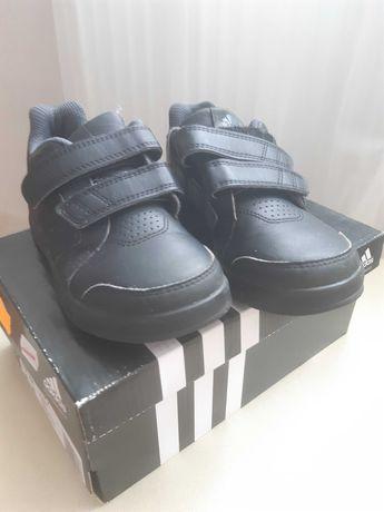 Buty  dziecięce Adidas  rozmiar 29