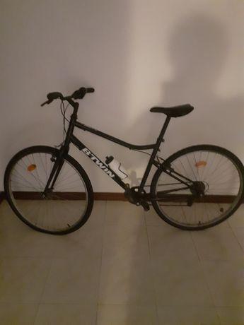 Vendo bike pouco uso!! 40 euros, motivo viajem!