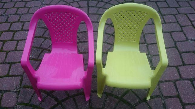 Krzeselka ogrodowe dzieciece prawie nowe