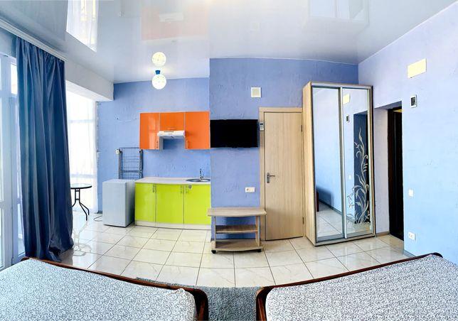 Номера люкс! Своя кухня в номере, с балконом от 1000 г. Затока, центр
