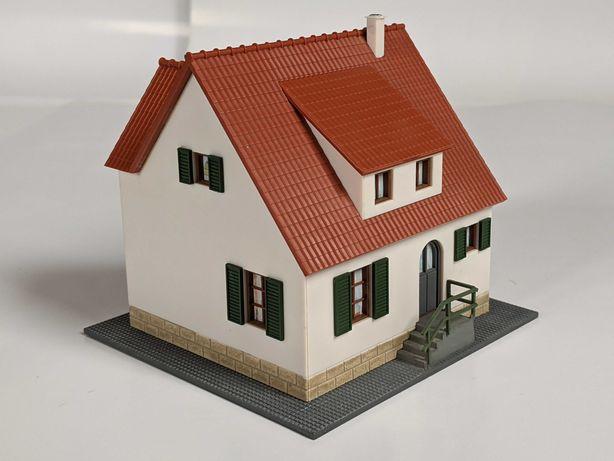 Dom jednorodzinny Piko 61826 skala H0 1:87   demontaż makiety