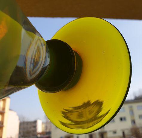 Wazony kielichy na stopce szkło kolorowe Ząbkowice