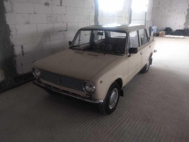 Fiat 125p lada 2101 Żiguli polonez zastava