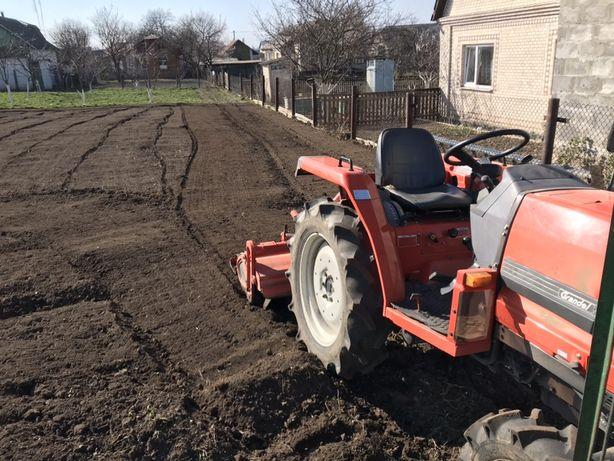 Оранка та Культивація землі міні трактором.