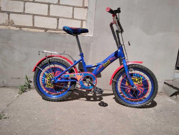 Детский велосипед, колеса 140мм (радиус)
