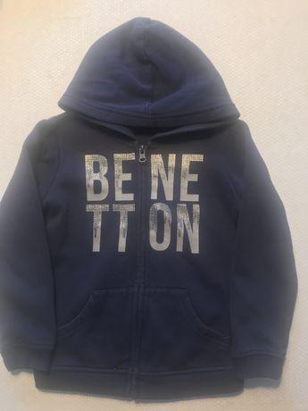 Sweatshirt com fecho e capuz Benetton 5 anos