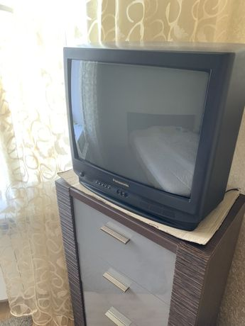 Продам два телевизора 700 грн