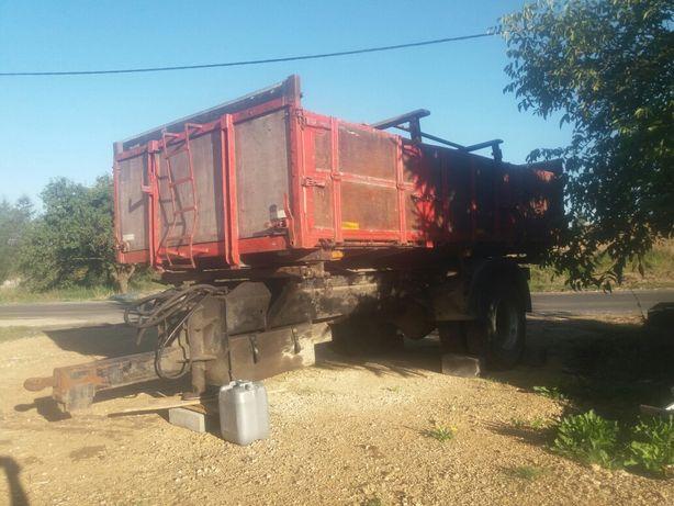Przyczepa wywrotka jednoosiowa, podwozie scania,12 ton pszenicy
