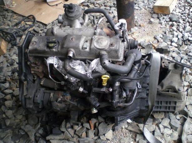 Мотор Двигатель Ford Connect Форд Коннект 02-14 навесное ТНВД форсунки