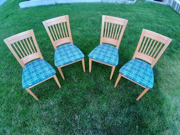 Krzesła tapicerowane stan bardzo dobry 4 sztuki komplet