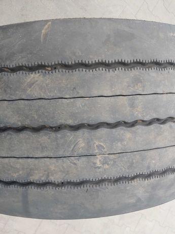 355/50/22,5 Michelin
