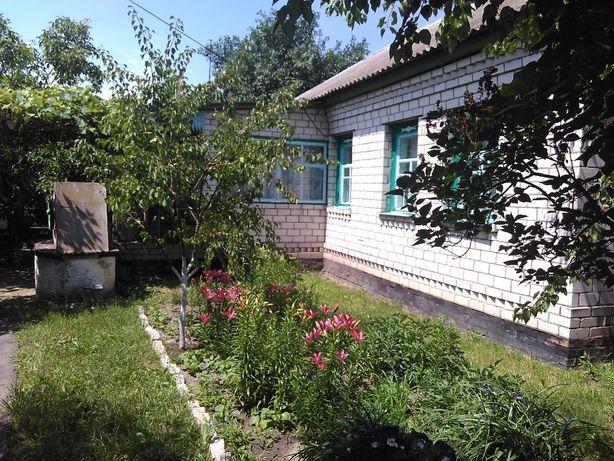 Продам отличый 2K дом в селе Савинка Козелецкого района.