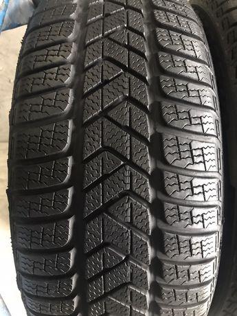 225/40/19 R19 Pirelli SottoZero 3 4шт зима