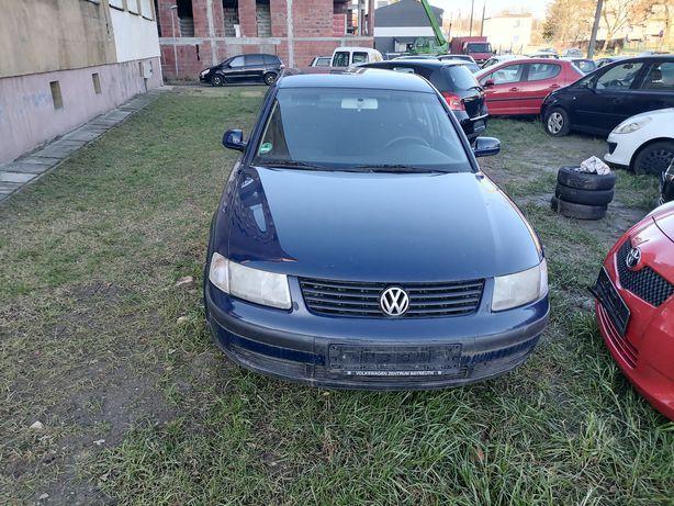 VW passat 1999 ; 1,8- benzyna