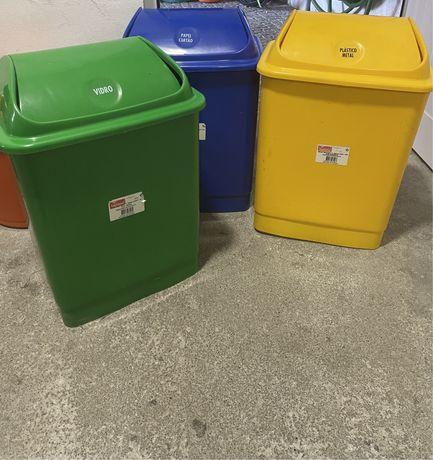 Caixotes de reciclagem