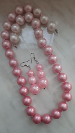 Крупные розовые бусы и серьги Стиляги