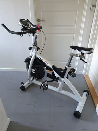 Rowerek spiningowy treningowy Maxfit