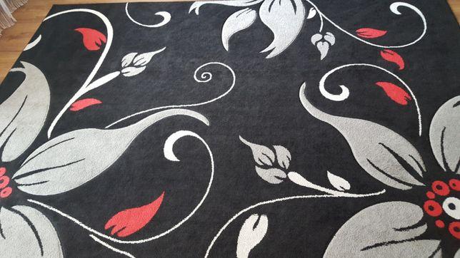 Sprzedam piękny dywan kwiaty 240x330